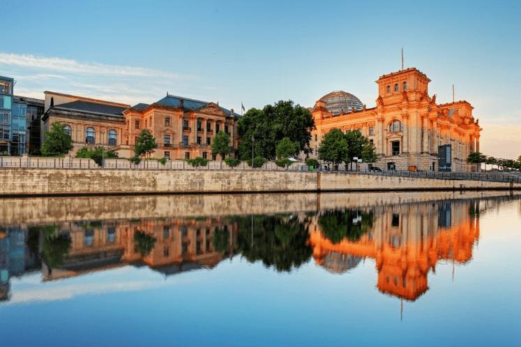 rigsdagen-berlin-tyskland - RejseSpion.dk - Billige rejser og rejsetilbud